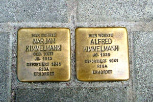 http://www.denkmalprojekt.org/2009/Images2009/Landau_Stolpersteine_Kimmelmann.jpg